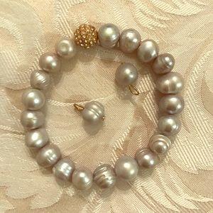 Jewelry - Silver Freshwater Pearl Bracelet w/matching beads